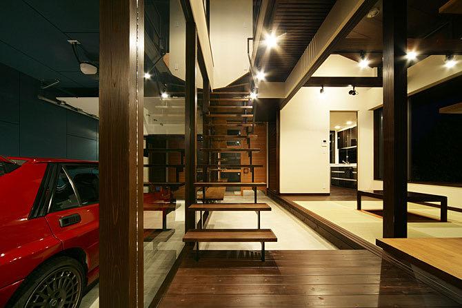 生駒のガレージハウス・奈良 リビング土間