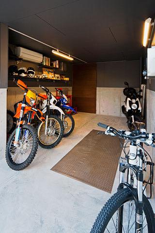 ガレージのある家26 吹田のガレージハウス