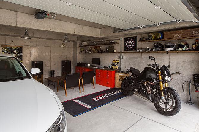 ガレージのある家38 石切のガレージハウス