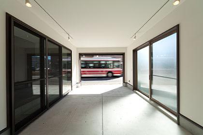 国分寺のガレージハウス・東京 ガレージ内