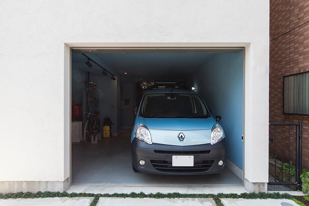 板橋のガレージハウス 外観ガレージ