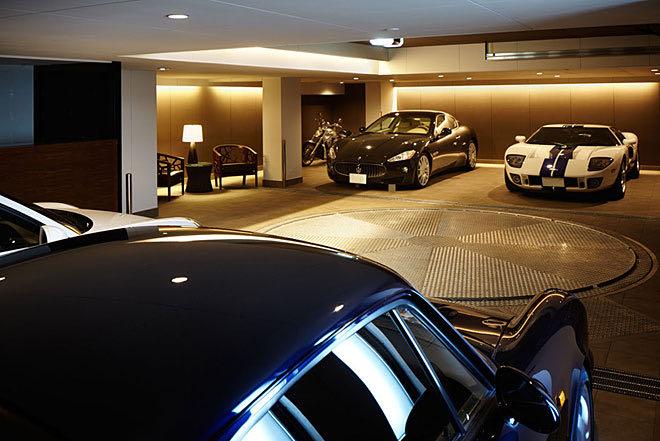 大阪のガレージハウス 照明
