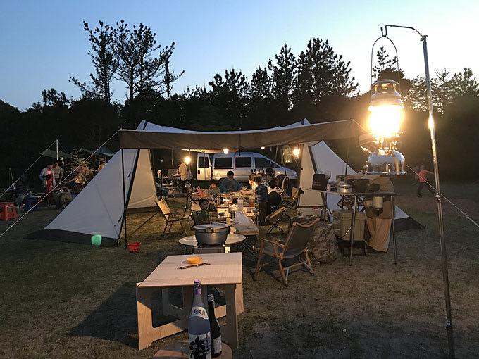 キャンプ夕景