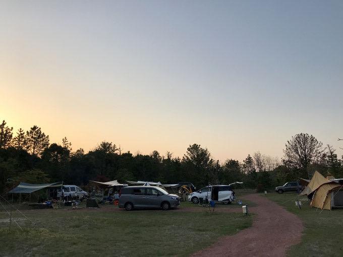 キャンプ 夕景2